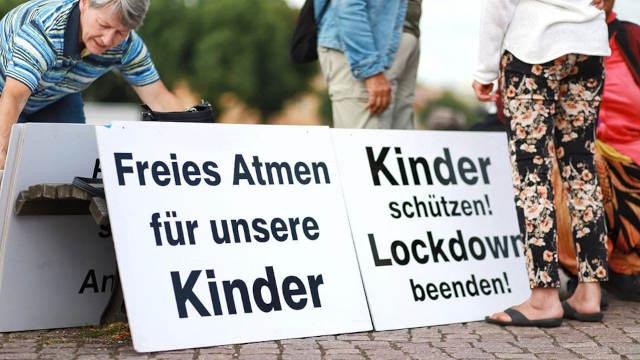 9. August 2021 in Oranienburg: Unsere 25. Schilderaktion