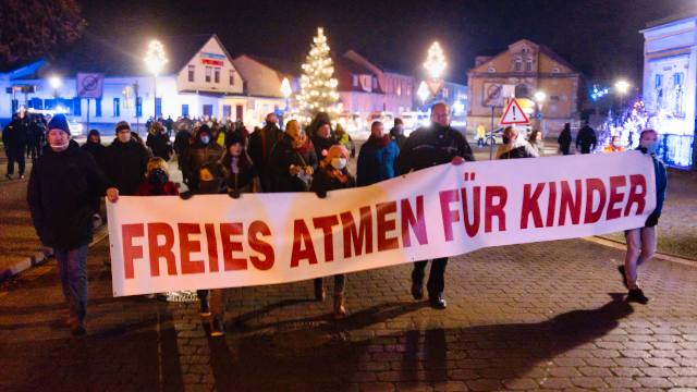 Demo in Gransee am 04.12.2020